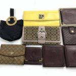 大阪府東大阪市のお客様から多数のお財布を店頭買取!
